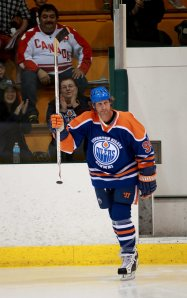...Ryan Smyth introdced on ice // PHOTO PERRY MAH, Edmonton Sun